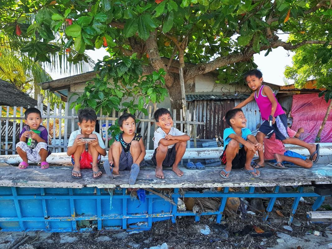 フィリピンの子供達